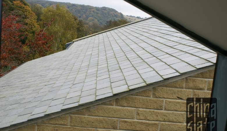 683 East Moorland green across roof